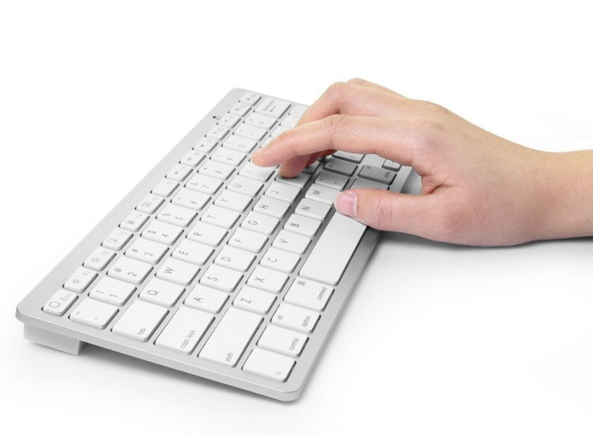 Anker Ultra Slim bluetooth Keyboard for iPad
