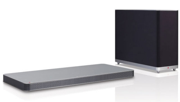 The LF Soundplate - LG LAP440 comes with an additional wireless sub