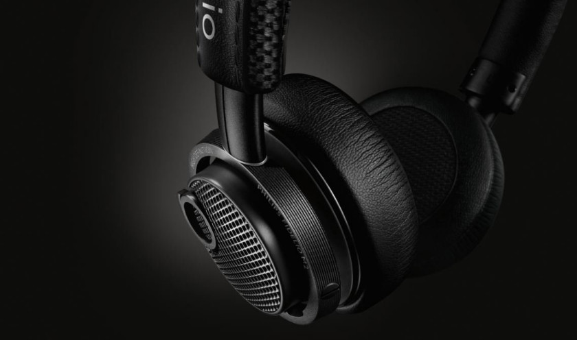 A good tension and secure fit with soft earpads make the Philips Fidelio M2BT ideal gym headphones
