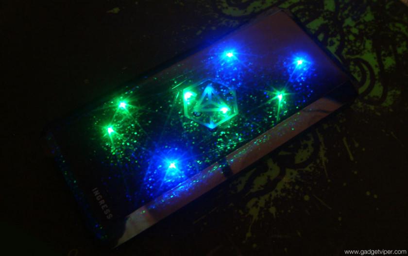 The Cheero Ingress Power Cube light effects