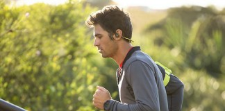 A list of the best neckband headphones featuring bluetooth wireless connectivity.