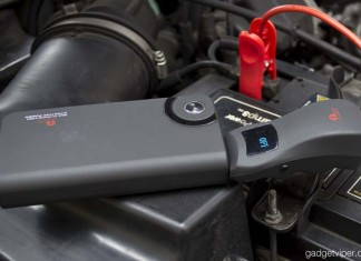 1byOne car jump starter review - An emergency jump starter and external battery with a 9900mAh capacity