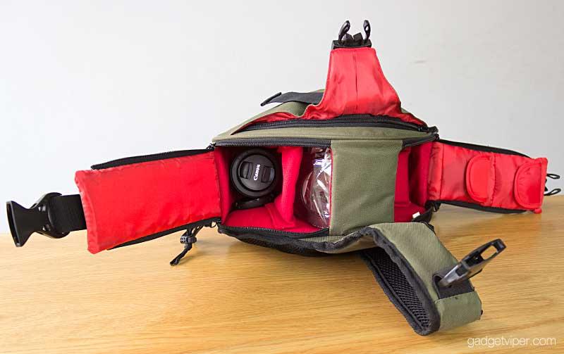 A look inside the Caden K1 DSLR camera bag