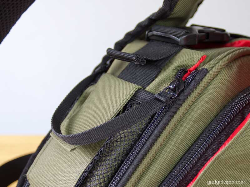 Caden K1 camera bag access zip.