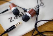 The HDE-300 Wooden earphones by Zealsound