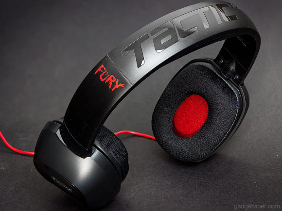 A look at the design of the Creative Sound Blaster Tactic3D Fury