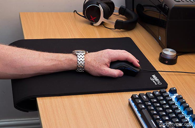 XFX-warpad-large-gaming-mouse-pad-review