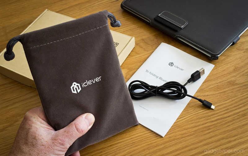 The soft draw string pouch that comes with the iClever foldable keyboard