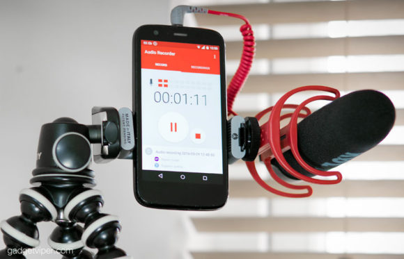 The Manfrotto Twistgrip used to hold a smartphone and RODE microphone