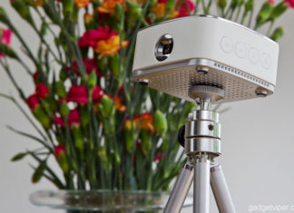 A detailed hands on review of the PURIDEA portable wireless projector