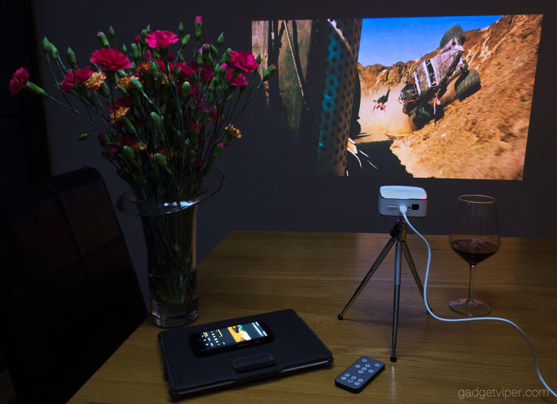 Using an Android phone to cast to the Puridea Wireless projector