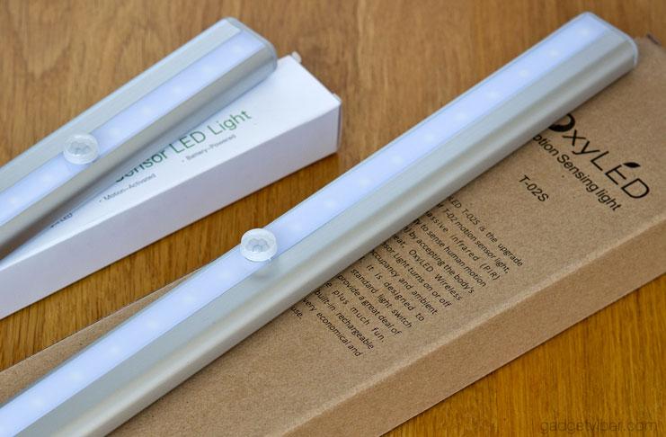 The OxyLED T-02S Wireless LED motion sensor light