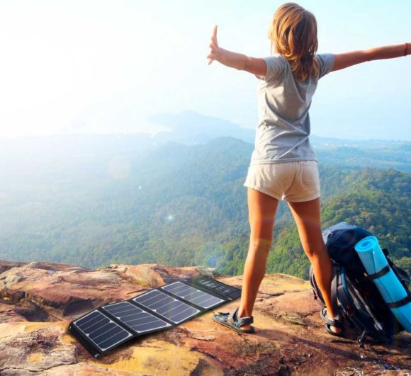 The RAVPower Solar charger in all its glory