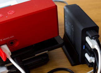 The Choetech 6 Port USB charging station featuring 2 Qualcomm Quick Charge 3.0 ports
