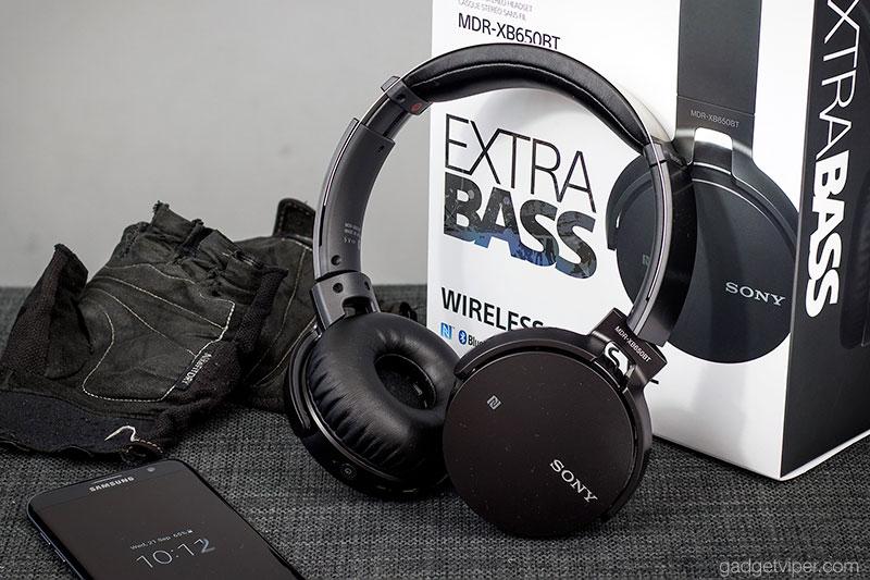 The Sony Exta Bass Bluetooth headphones design and build quality
