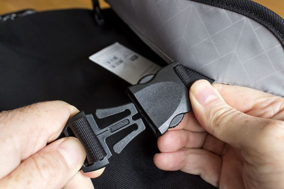 The quick release buckles on the STM Radial laptop bag