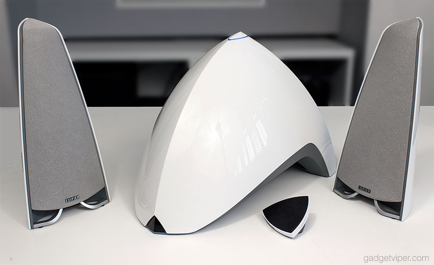 The Edifier Prisma Encore E3360BT speaker system - A look at its build quality and design