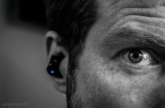 Gadgetviper testing out the Syllable Wireless earbuds