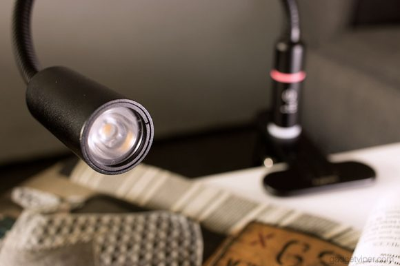 A look at the lamp head on the Aglaia LED clamp light