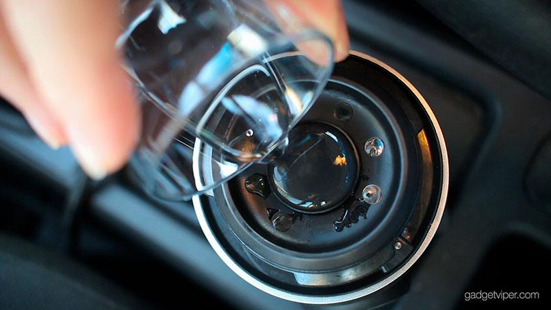 Adding water using the indicator on the Handpresso Auto