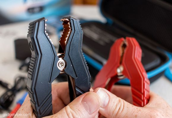 The heavy duty jumper cables that come with the DBPower jump starter