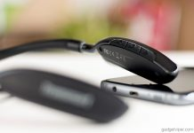 The control buttons on the Tronsmart S4 Bluetooth neckband Headphones