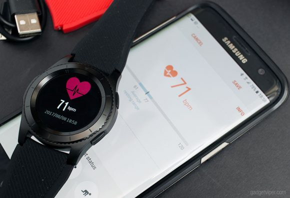 The heart rate monitor on the No.1 G8 smartwatch
