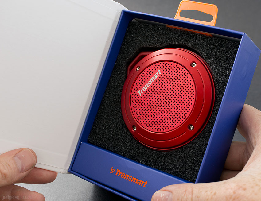 Unboxing the Tronsmart T4 Bluetooth Portable Speaker