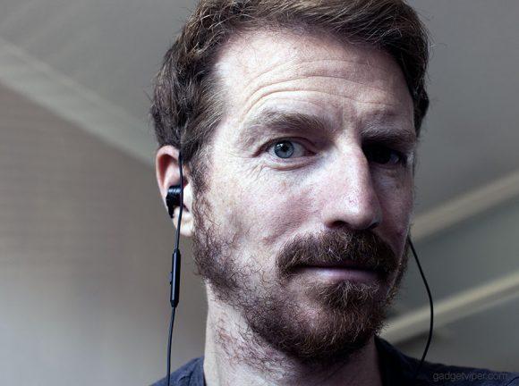 Improve the microphone performance on the EMIX I30 gaming headphones