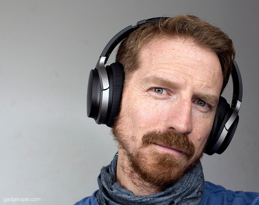 The Edifier W830BT Bluetooth headphones are very comfortable to wear