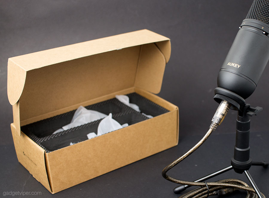 Unboxing the AUKEY MI-U2 USB Condenser Microphone