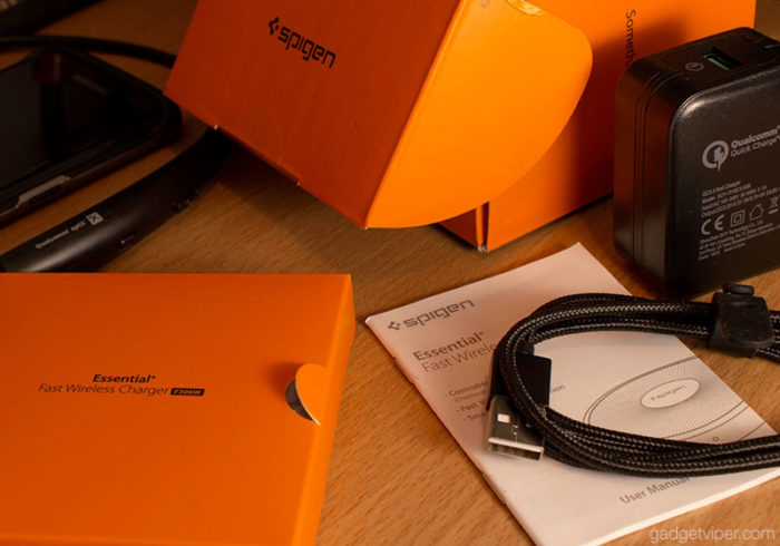 Unboxing the Spigen F306W Fast Wireless Charger