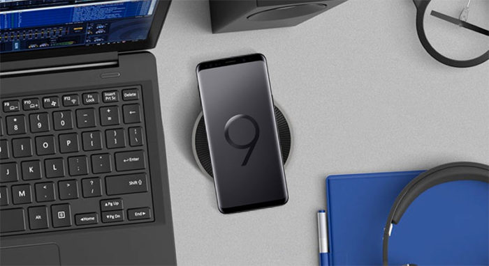 The Spigen Wireless charging pad with the Galaxy S9