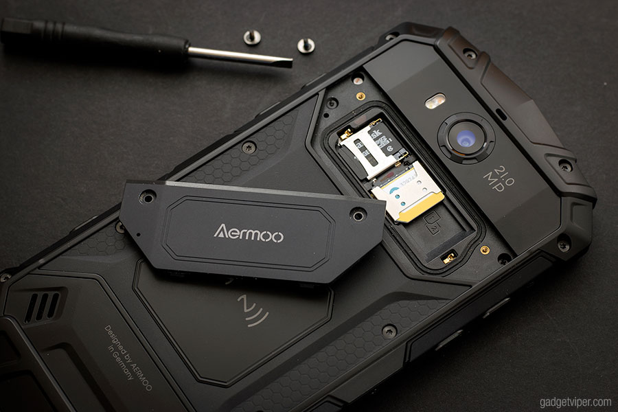 Accessing the Micro-SD and SIM card slots on the Aermoo M1 smartphone