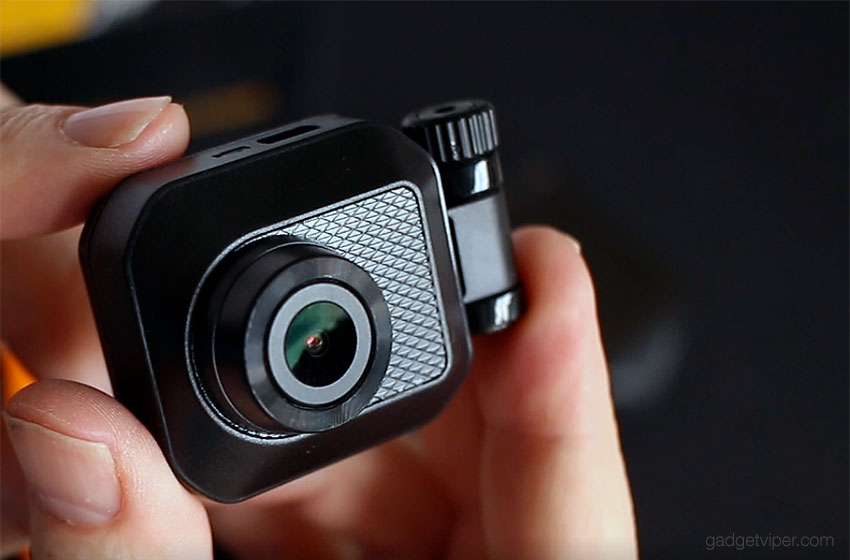The rear view camera on the Z-Edge S3 Stealh dash cam