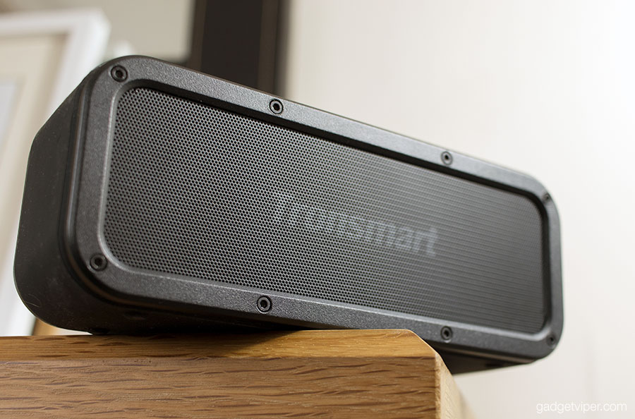 Hands on Review of the Tronsmart Element Force - a fully waterproof Bluetooth speaker.