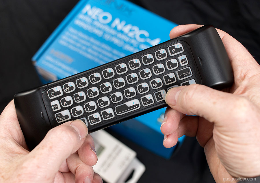 The keyboard on the back of the Minix Neo W2 remote