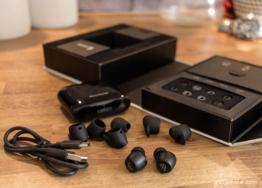 Unboxing the Edifier TWS6 True Wireless Earbuds