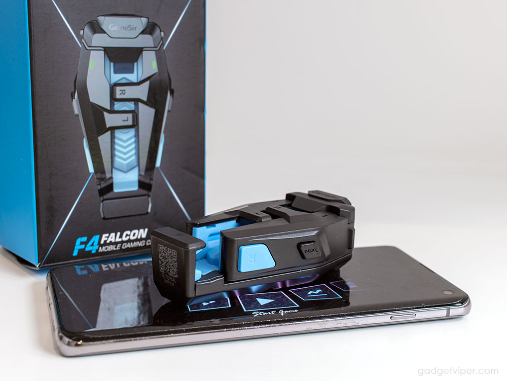 The Top buttons and Turbo mode on the F4 Falcon mobile gaming controller